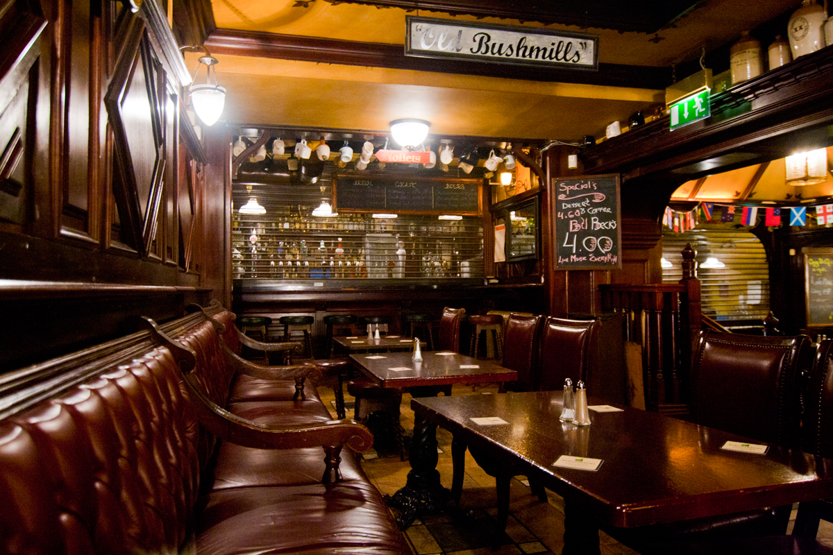 Travel Photos: Ireland, Dublin, M.J. O'Neill's pub